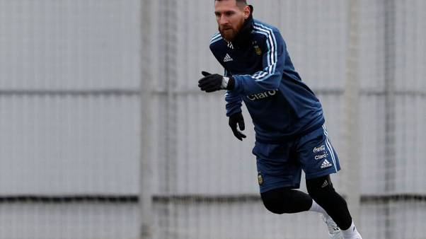 Soccer Football - International Friendly - Argentina training - Otkrytiye Arena, Moscow, Russia - November 7, 2017 Argentina's Lionel Messi attends a training session ahead of the friendly match against Russia. REUTERS/Sergei Karpukhin