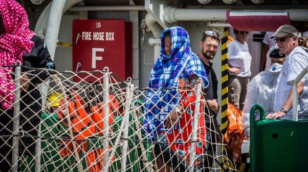 Migranti: lei salva, figlio 2 anni muore