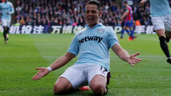 West Ham's Hernandez dismisses talk of move to Mexico