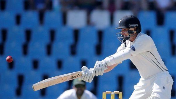 Cricket - New Zealand v South Africa - second cricket test match - Centurion Park, Centurion, South Africa - 30/8/2016. New Zealand's BJ Watling plays a shot. REUTERS/Siphiwe Sibeko