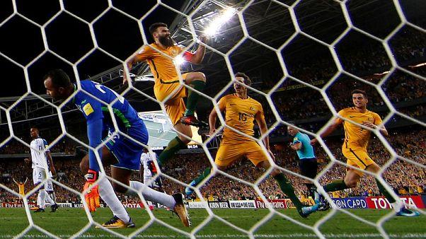 Soccer Football - 2018 World Cup Qualifications - Australia vs Honduras - ANZ Stadium, Sydney, Australia - November 15, 2017   Australia's Mile Jedinak celebrates scoring their third goal to complete his hat-trick          REUTERS/David Gray