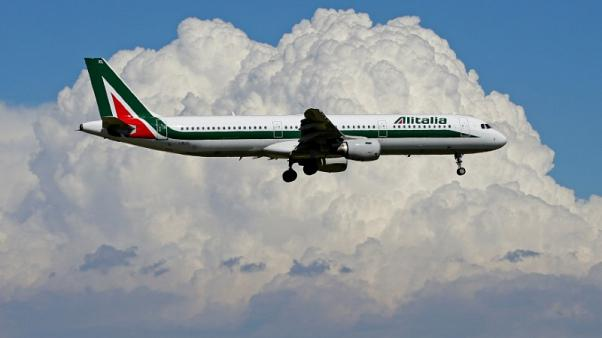 FILE PHOTO: An airplane of Alitalia approaches to land at Fiumicino international airport in Rome, Italy, May 3, 2017.  REUTERS/Max Rossi/File Photo