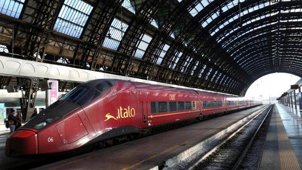 Italo' high-speed train for the NTV (Nuovo Trasporto Viaggiatori) is seen at the Central railway station in Milan, Italy, April 14, 2016. REUTERS/Stefano Rellandini - D1AESYHTPNAA