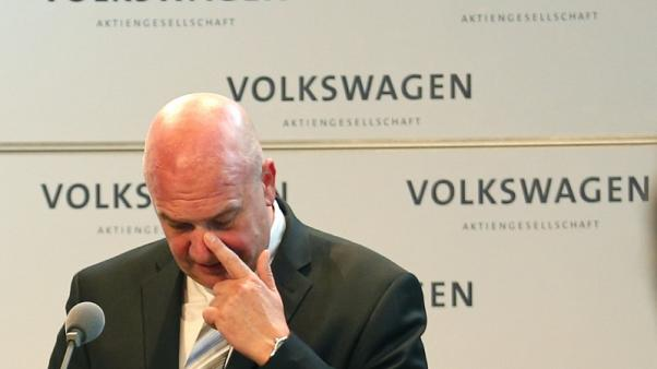 Volkswagen says adheres to works council remuneration law