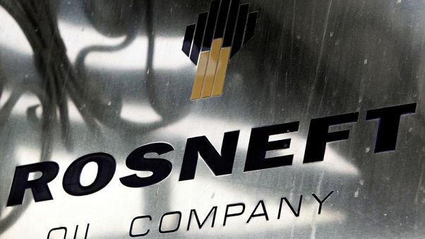 روسنفت: إدارة الخروج من اتفاق خفض إنتاج النفط تحد خطير