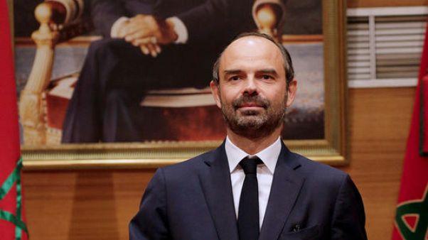 رئيس وزراء فرنسا ادوار فيليب خلال اجتماع في الرباط يوم الخميس. تصوير: يوسف بودلال - رويترز.