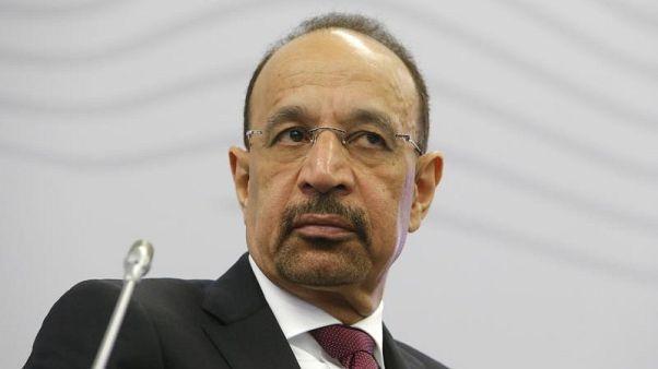 خالد الفالح: وفرة المعروض في سوق النفط ستبقى بحلول مارس 2018
