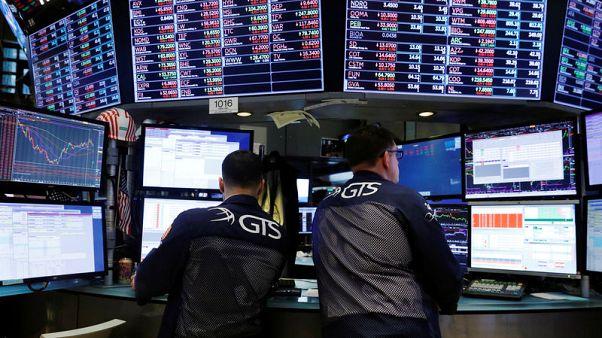 مؤشران رئيسيان للأسهم الأمريكية يصعدان لثالث جلسة على التوالي مع انحسار مخاوف التجارة