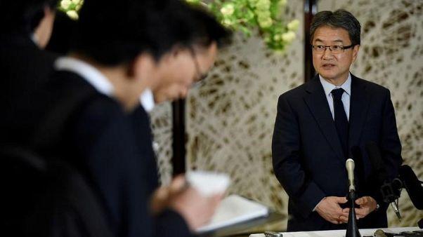 الممثل الأمريكي الخاص لسياسات كوريا الشمالية جوزيف يون يتحدث لصحفيين في طوكيو يوم 25 أبريل نيسان 2017. صورة لرويترز من ممثل وكالات أنباء