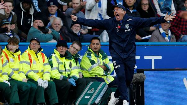 Soccer Football - Premier League - Huddersfield Town vs West Bromwich Albion - John Smith's Stadium, Huddersfield, Britain - November 4, 2017   West Bromwich Albion manager Tony Pulis reacts   Action Images via Reuters/Ed Sykes