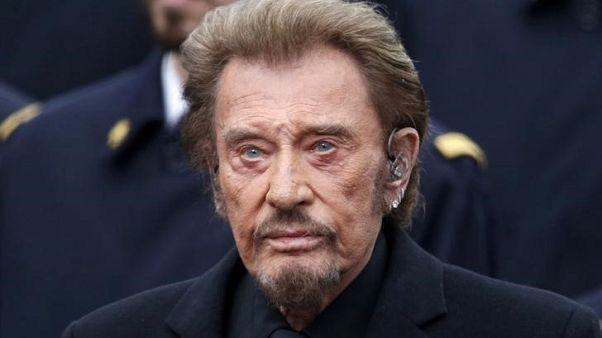 وسائل إعلام: المغني الفرنسي جوني هاليداي يدخل المستشفى