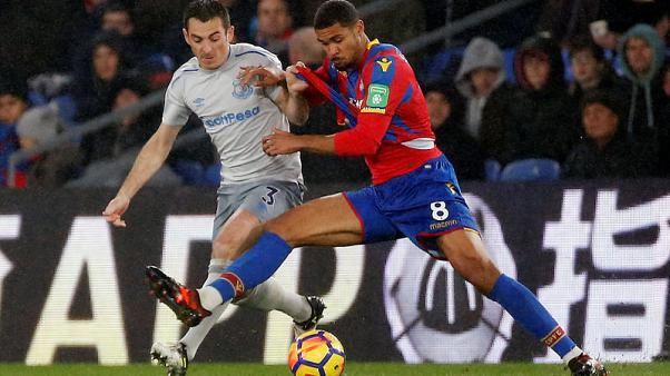 Soccer Football - Premier League - Crystal Palace vs Everton - Selhurst Park, London, Britain - November 18, 2017   Everton's Leighton Baines in action with Crystal Palace's Ruben Loftus-Cheek      REUTERS/Tolga Akmen