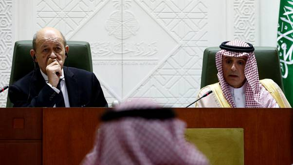 France's Foreign Minister Jean-Yves Le Drian (L) and Saudi Foreign Minister Adel al-Jubeir attend a joint news conference in Riyadh, Saudi Arabia, November 16, 2017. REUTERS/Faisal Al Nasser