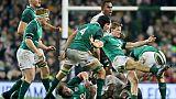 Les Irlandais avec Kieran Marmion (d) s'imposent de justesse face aux Fidji à Dublin, le 18 novembre 2017