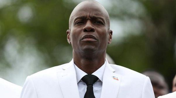 رئيس هايتي يبدأ في إعادة الجيش في خطوة مثيرة للجدل