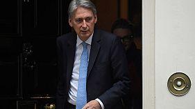 وزير المالية البريطاني فيليب هاموند في لندن يوم 11 نوفمبر تشرين الثاني 2017. تصوير: توبي ميلفيل - رويترز