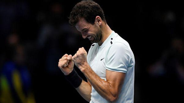 ديميتروف يتفوق على جوفين ويفوز بالبطولة الختامية لموسم التنس