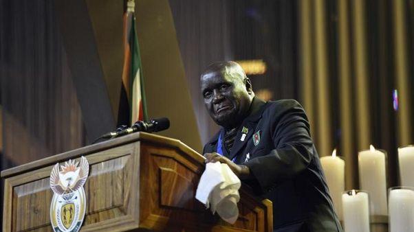 رئيس زامبيا السابق كينيث كاوندا في صورة من أرشيف رويترز