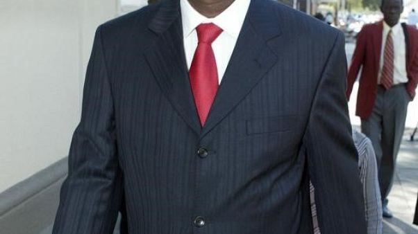 جوناثان مويو وزير التعليم العالي في زيمبابوي. صورة من أرشيف رويترز.