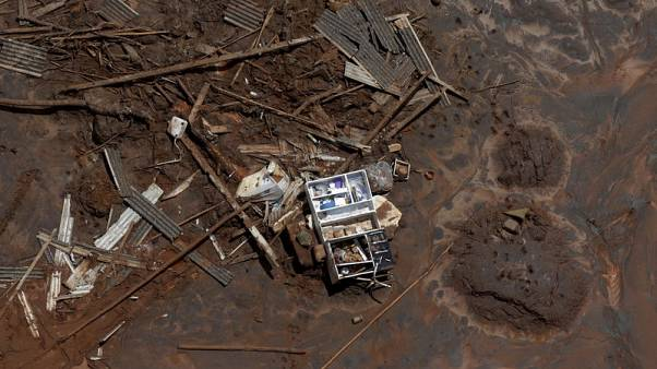 FILE PHOTO: A cupboard is pictured in debris in Bento Rodrigues district, which was covered with mud after a dam owned by Vale SA and BHP Billiton Ltd burst, in Mariana, Brazil, November 10, 2015. REUTERS/Ricardo Moraes/File Photo