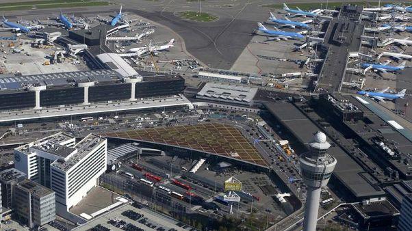أعطال فنية تؤخر رحلات في مطار سخيبهول بأمستردام