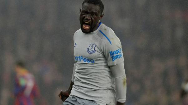 Everton's Niasse charged with 'deception', facing two-game ban