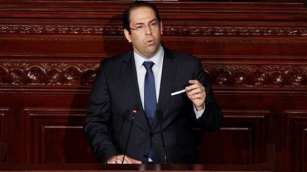 رئيس وزراء تونس يتعهد بالمضي في إصلاحات مؤلمة رغم المعارضة