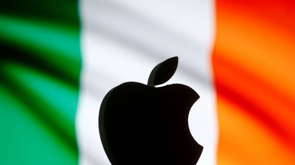 A 3D printed Apple logo is seen in front of a displayed Irish flag in this illustration taken September 2, 2016. REUTERS/Dado Ruvic/Illustration/File Photo
