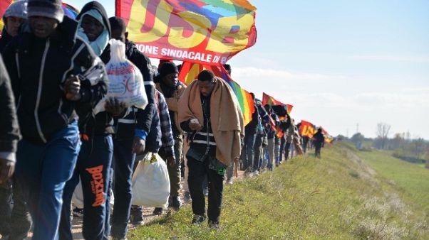 Migranti: hub Cona, situazione complessa