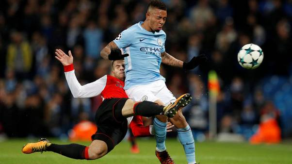 Soccer Football - Champions League - Manchester City vs Feyenoord - Etihad Stadium, Manchester, Britain - November 21, 2017   Manchester City's Gabriel Jesus in action with Feyenoord's Bart Nieuwkoop   REUTERS/Phil Noble