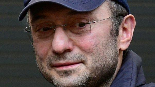 رجل الأعمال والنائب الروسي سليمان كريموف في صورة من أرشيف رويترز.