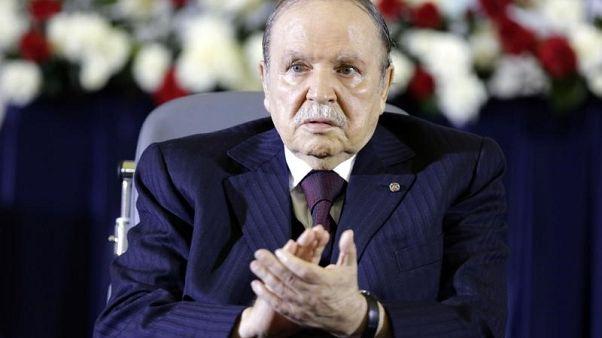 الرئيس الجزائري عبد العزيز بوتفليقة في صورة من أرشيف رويترز.