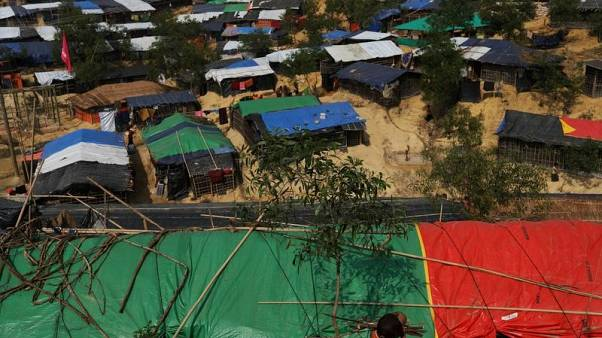 مخيم للاجئين الروهينجا قرب كوكس بازار في بنجلادش يوم الأربعاء. تصوير: سوزانا ييرا - رويترز