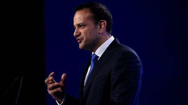 حزب داعم للحكومة الأيرلندية يطالب باستقالة نائبة رئيس الوزراء