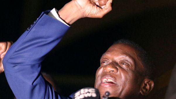 إمرسون منانجاجوا نائب رئيس زيمبابوي في هاراري يوم 22 نوفمبر تشرين الثاني 2017. تصوير: فيليمون بولاوايو - رويترز