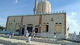 La mosquée al-Rawda de Bir al-Abed après un attentat à la bombe, le 24 novembre 2017, dans le Sinaï égyptien