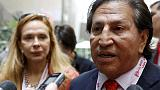 Former Peru's President Alejandro Toledo and his wife Eliane Karp arrives to the 2015 IMF/World Bank Annual Meetings in Lima, Peru, October 8, 2015.   REUTERS/Guadalupe Pardo
