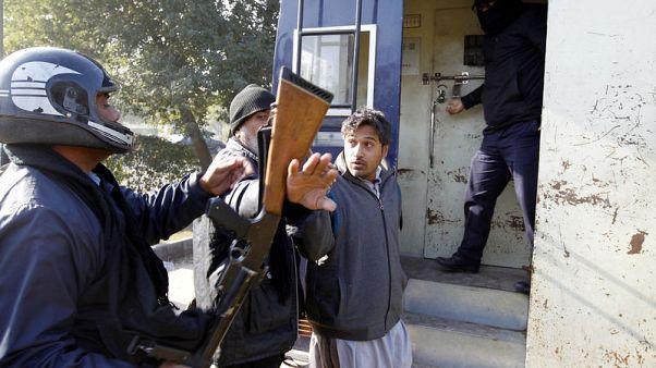 الحكومة الباكستانية تطلب مساعدة الجيش لفض اعتصام إسلاميين