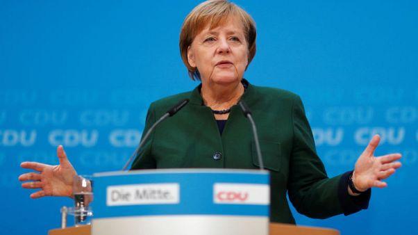 ميركل: الأجواء في أوروبا والعالم تشير إلى حاجة ألمانيا لحكومة مستقرة