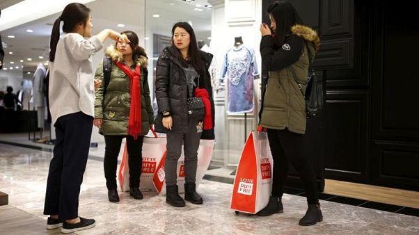 وكالة: الصين ترفع الحظر جزئيا عن الرحلات الجماعية إلى كوريا الجنوبية