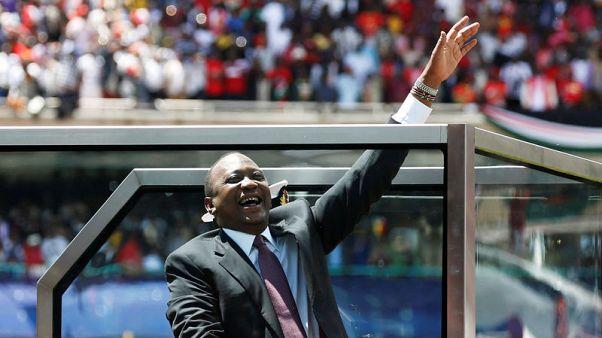 كينياتا يؤدي اليمين رئيسا لكينيا لفترة ولاية ثانية