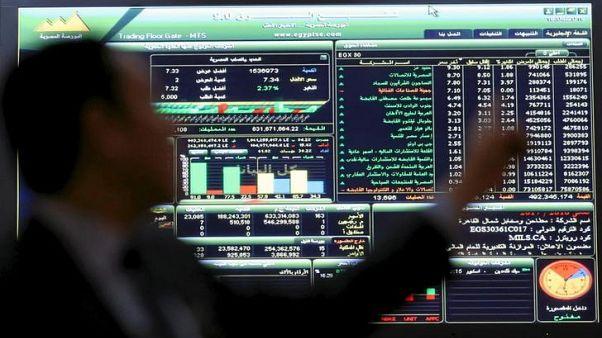 بورصة مصر تقفز مع إلغاء قيود على النقد الأجنبي والسعودية تواصل الارتفاع