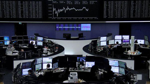 مؤشر الأسهم البريطانية يتراجع مع صعود الاسترليني