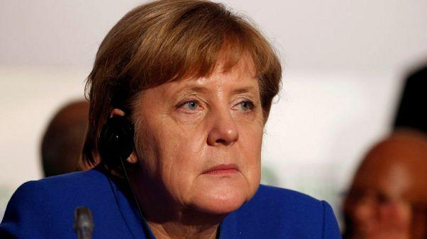 جدل بين المحافظين والاشتراكيين في ألمانيا بشأن ترحيل اللاجئين السوريين