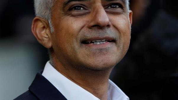 رئيس بلدية لندن يطالب باتفاق خاص فيما يتعلق بالخروج من الاتحاد الأوروبي