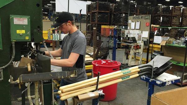 طلبيات المصانع الأمريكية تتراجع بأقل من المتوقع في أكتوبر