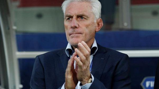 الكاميرون بطلة أفريقيا تقيل المدرب بروس