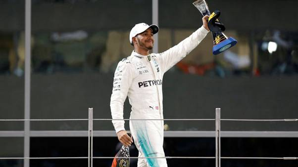 Hamilton tops poll of Formula One bosses