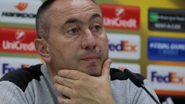 ستويلوف يغادر أستانة رغم التأهل في الدوري الأوروبي