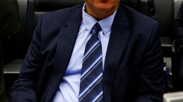وزير النفط الكويتي: سندرس قبل يونيو استراتيجية للخروج من اتفاق خفض الإنتاج